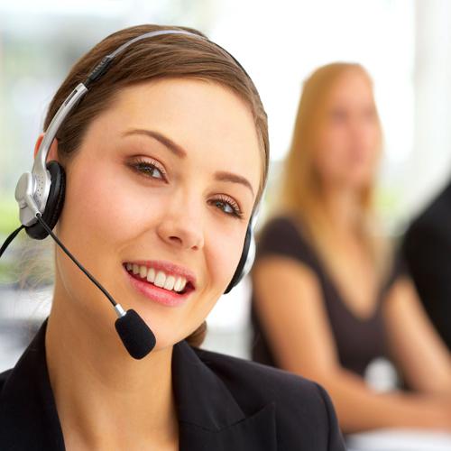 """Image (CC) - RaHuL Rodriguez, """" Atención al cliente - Customer Service"""" (Flickr)"""
